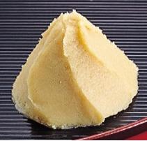 白味噌の一番の特徴は「白さ」